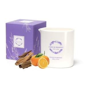 Świeca o zapachu SANTAL ORANGE (drzewo sandałowe z pomarańczami)